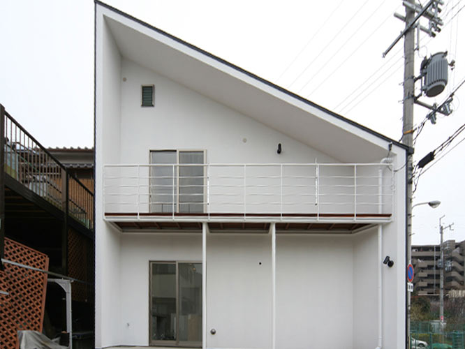 house13-03
