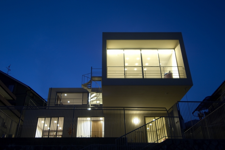 house22-03