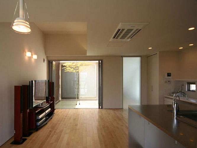 house14-06