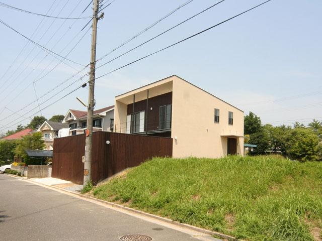 house16-02