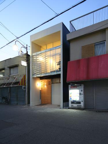 house19-04