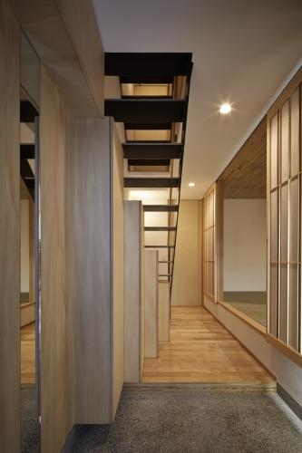 house33-03